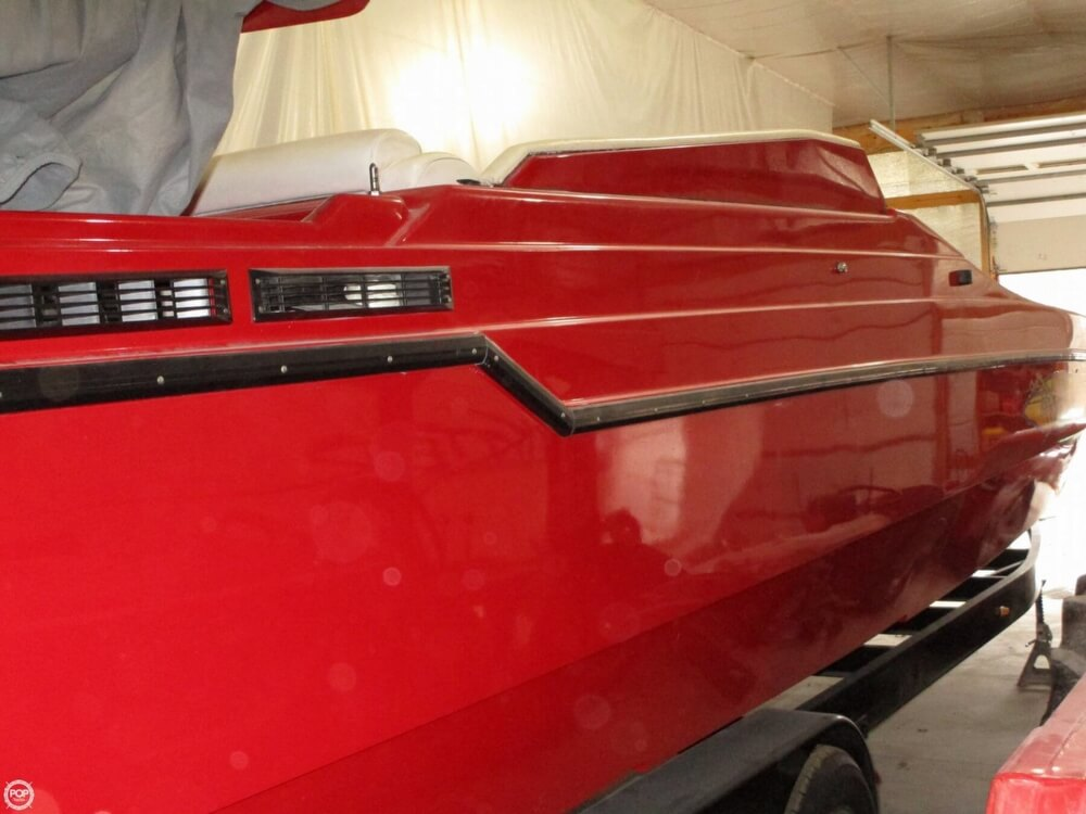 1994 Active Thunder boat for sale, model of the boat is 32 & Image # 23 of 40