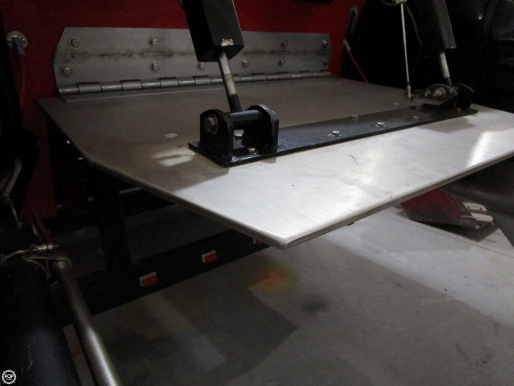 1994 Active Thunder boat for sale, model of the boat is 32 & Image # 37 of 40