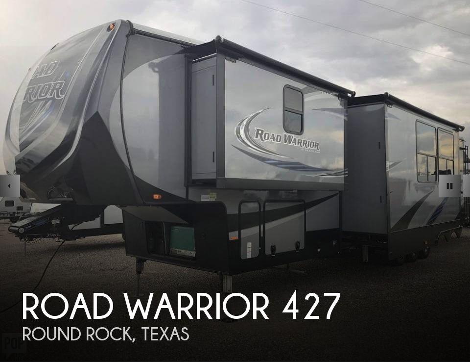 2017 Heartland Road Warrior 44