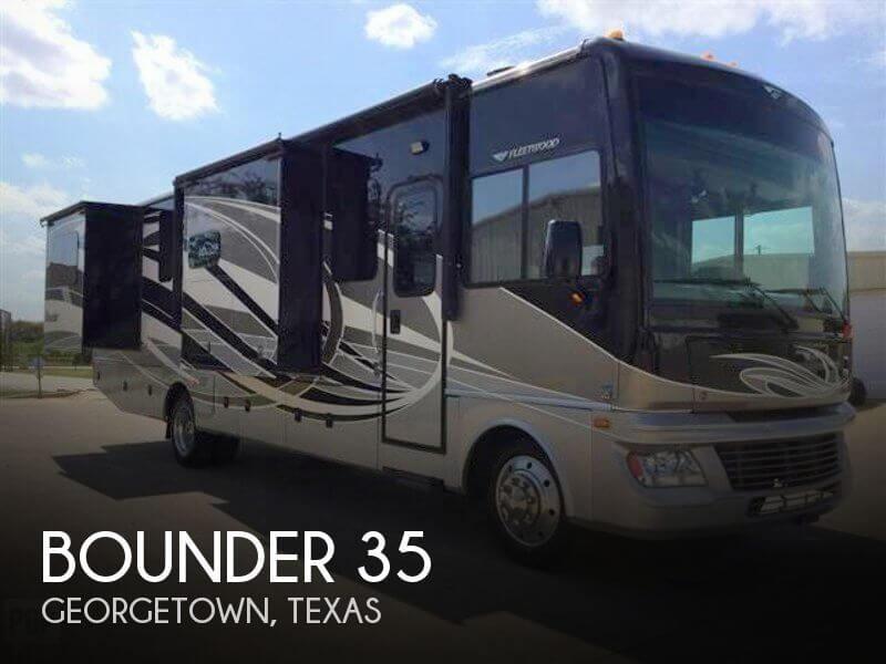 2015 Fleetwood Bounder 35
