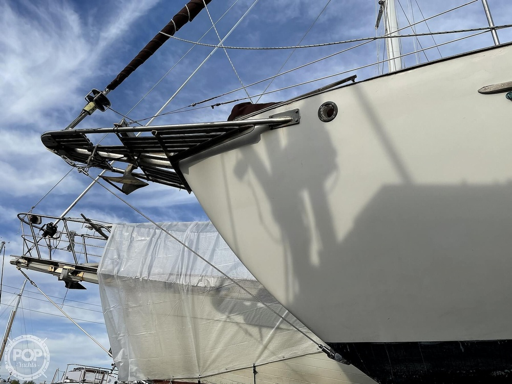 1974 Westsail boat for sale, model of the boat is 42 & Image # 33 of 40