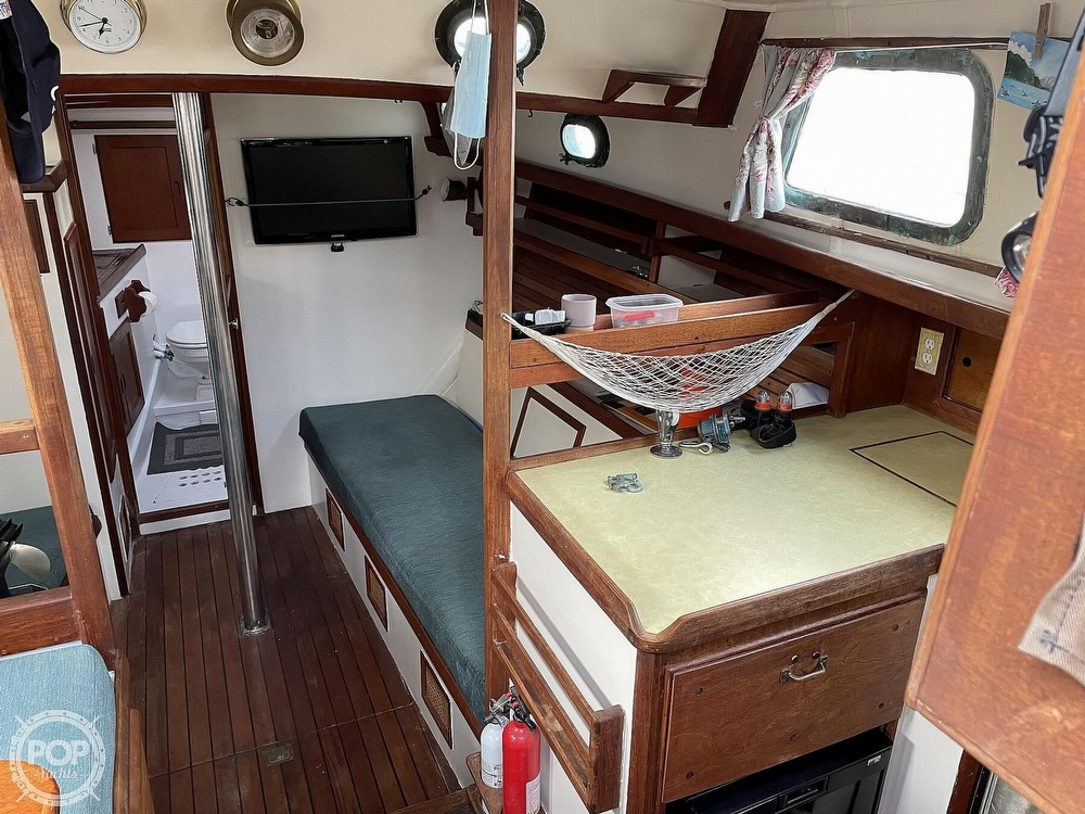 1974 Westsail boat for sale, model of the boat is 42 & Image # 4 of 40
