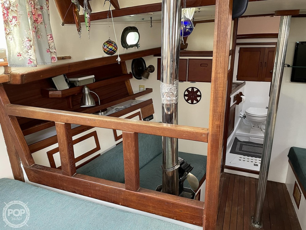 1974 Westsail boat for sale, model of the boat is 42 & Image # 9 of 40