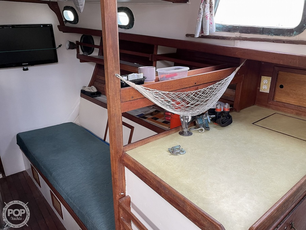 1974 Westsail boat for sale, model of the boat is 42 & Image # 12 of 40