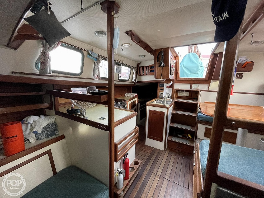 1974 Westsail boat for sale, model of the boat is 42 & Image # 15 of 40