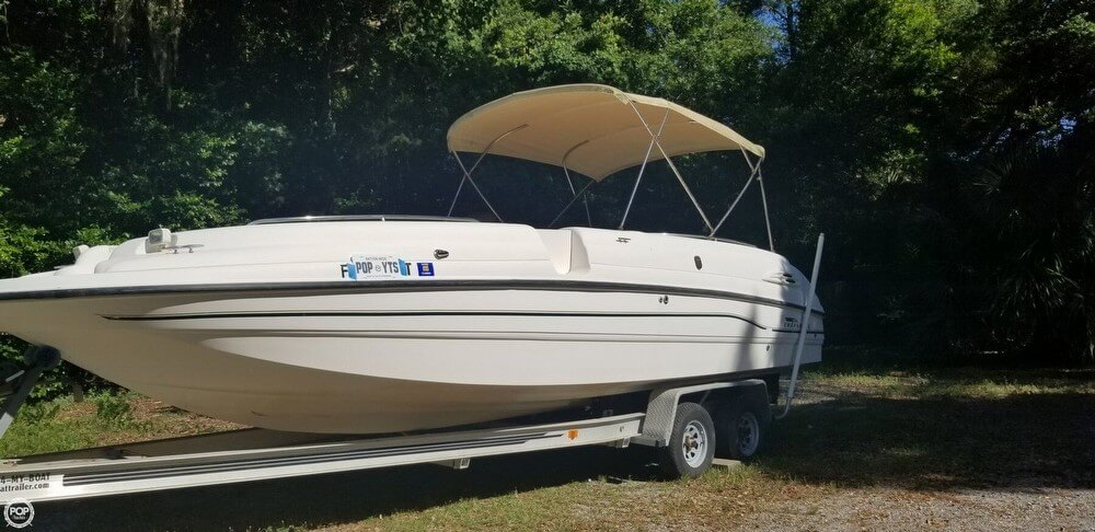1999 Chaparral boat for sale, model of the boat is 252 Sunesta & Image # 2 of 40