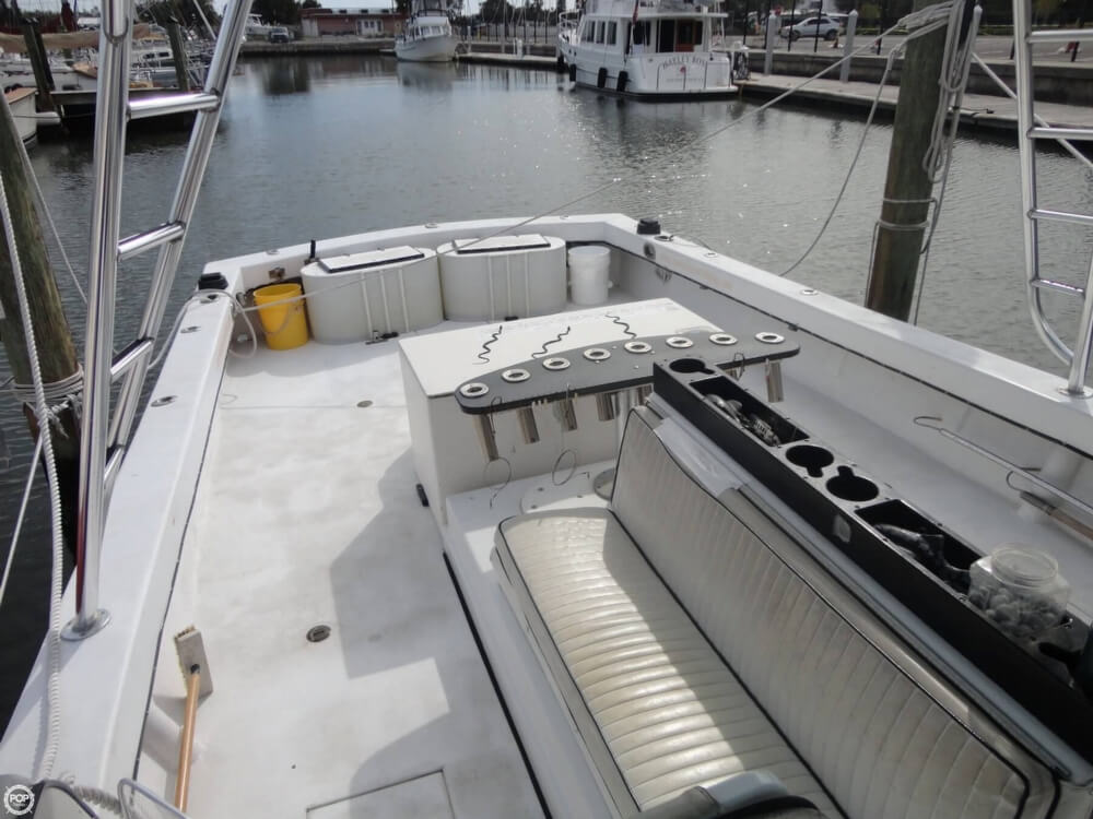 1977 Crusader boat for sale, model of the boat is 34 & Image # 14 of 40