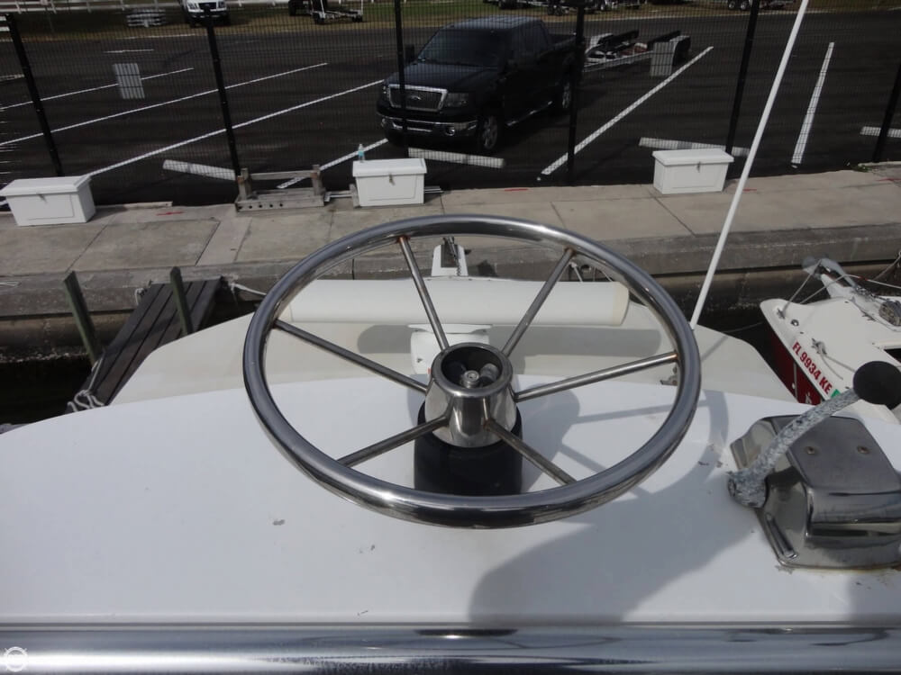 1977 Crusader boat for sale, model of the boat is 34 & Image # 37 of 40