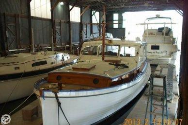 Matthews 38 Cabin Cruiser, 38', for sale - $35,000