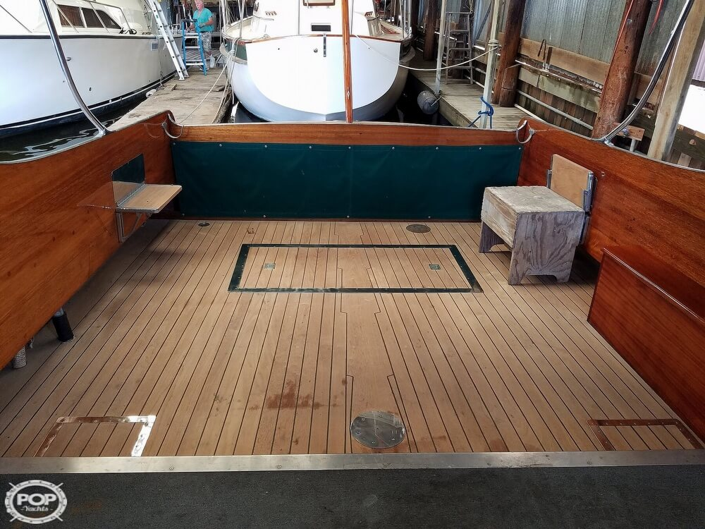 1941 Matthews boat for sale, model of the boat is 38 Cabin Cruiser & Image # 17 of 40