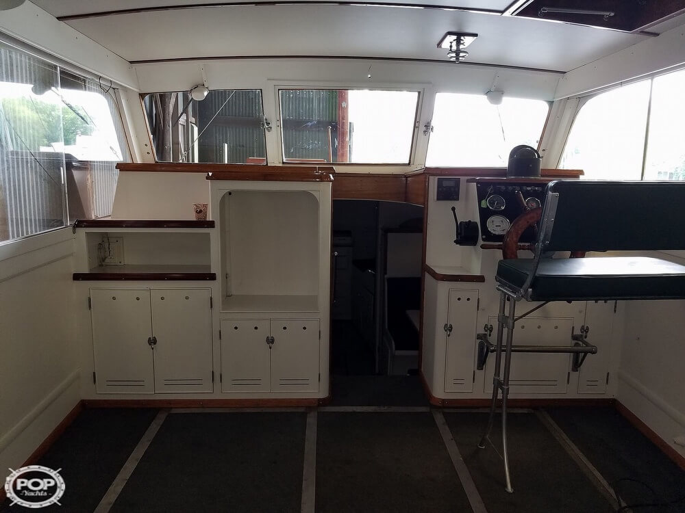 1941 Matthews boat for sale, model of the boat is 38 Cabin Cruiser & Image # 18 of 40