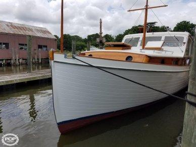 Matthews 38 Cabin Cruiser, 38, for sale - $29,000