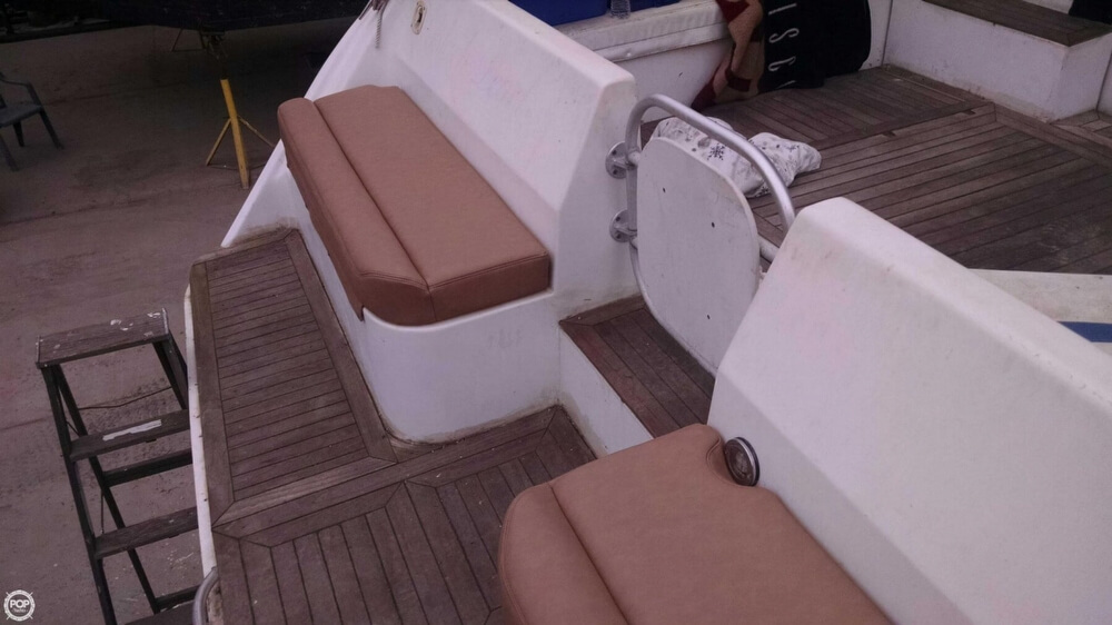 1996 Mainship boat for sale, model of the boat is 40 Sedan Bridge & Image # 17 of 41