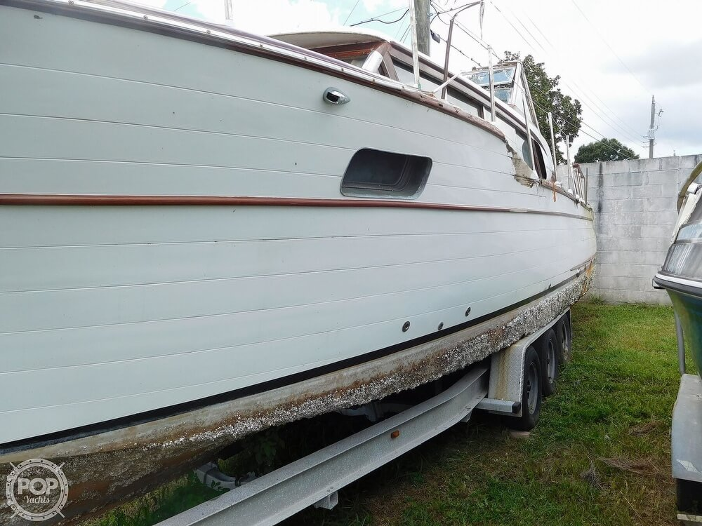 1959 Chris Craft boat for sale, model of the boat is Constellation 31 & Image # 24 of 40