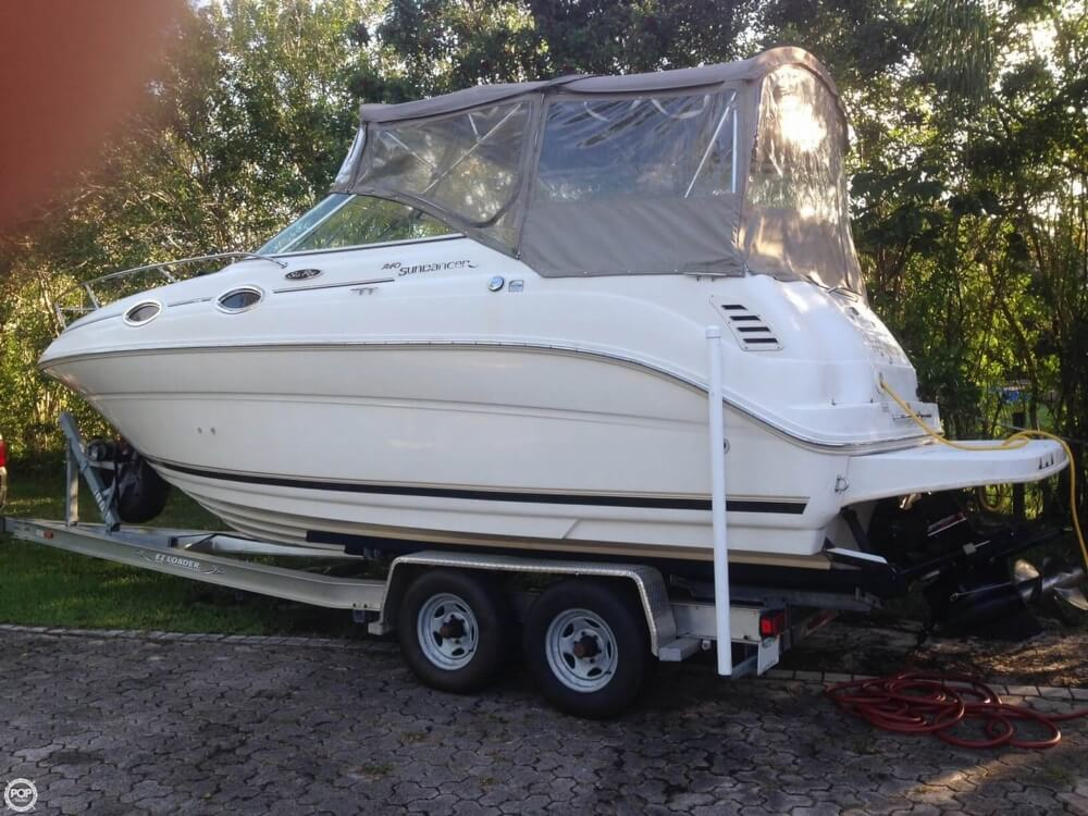 2003 Sea Ray boat for sale, model of the boat is 240 Sundancer & Image # 3 of 41