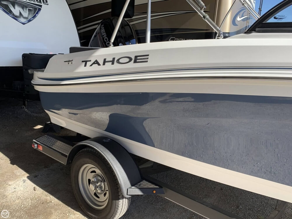 2018 Tahoe boat for sale, model of the boat is 450TF & Image # 10 of 40