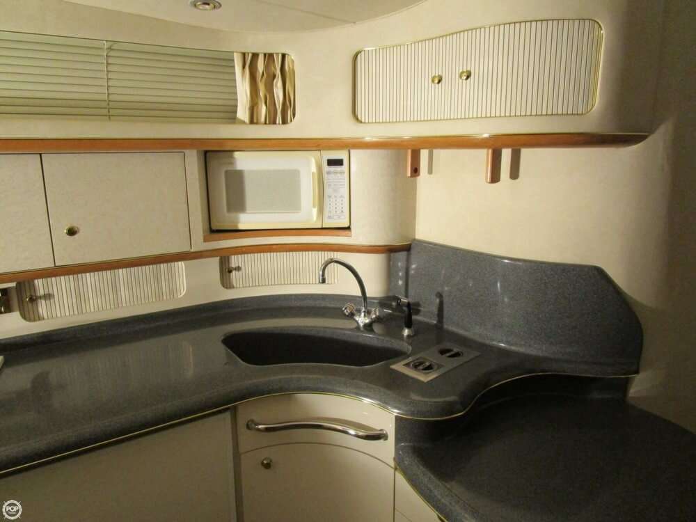 1997 Sea Ray boat for sale, model of the boat is 450 Sundancer & Image # 7 of 40