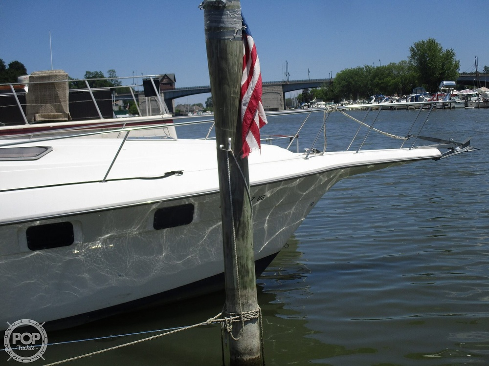 1992 Cruisers Yachts boat for sale, model of the boat is 3370 Esprit & Image # 23 of 41