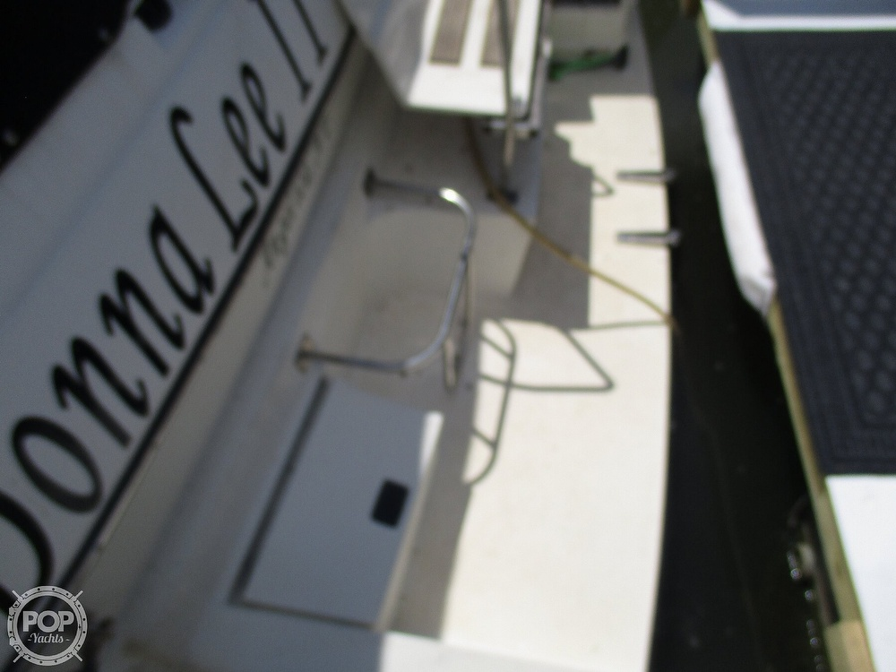 1992 Cruisers Yachts boat for sale, model of the boat is 3370 Esprit & Image # 27 of 41
