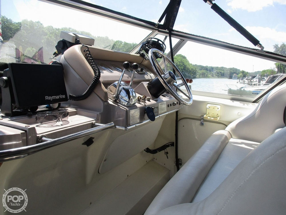 1992 Cruisers Yachts boat for sale, model of the boat is 3370 Esprit & Image # 34 of 41