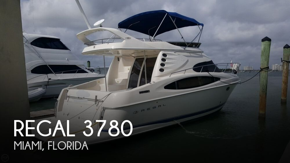 2001 Regal boat for sale, model of the boat is 3780 Commodore & Image # 1 of 40