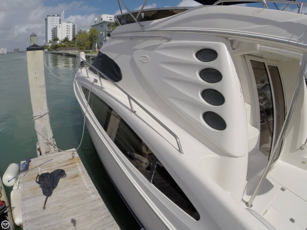 2001 Regal boat for sale, model of the boat is 3780 Commodore & Image # 17 of 40