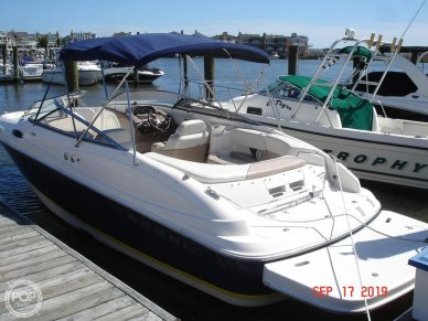 Regal 2400 Bow Rider, 2400, for sale - $21,600