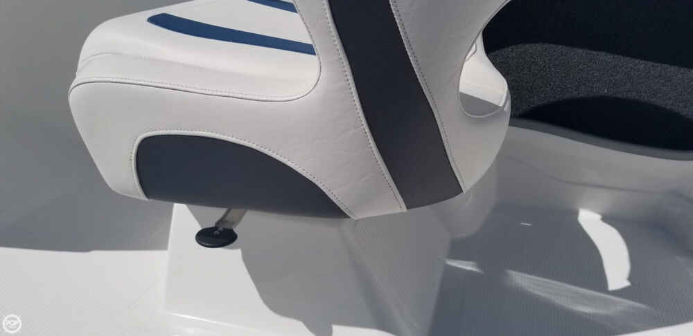 2018 Tahoe boat for sale, model of the boat is 450 TS & Image # 33 of 40