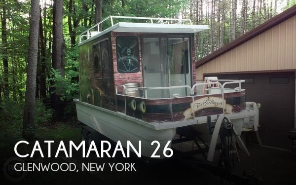 Used Houseboats For Sale by owner | 1998 Catamaran Cruisers 26