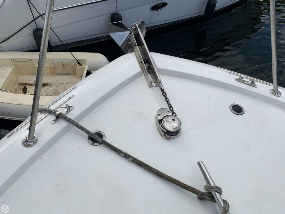 1986 Chris Craft boat for sale, model of the boat is 422 Commander & Image # 10 of 40
