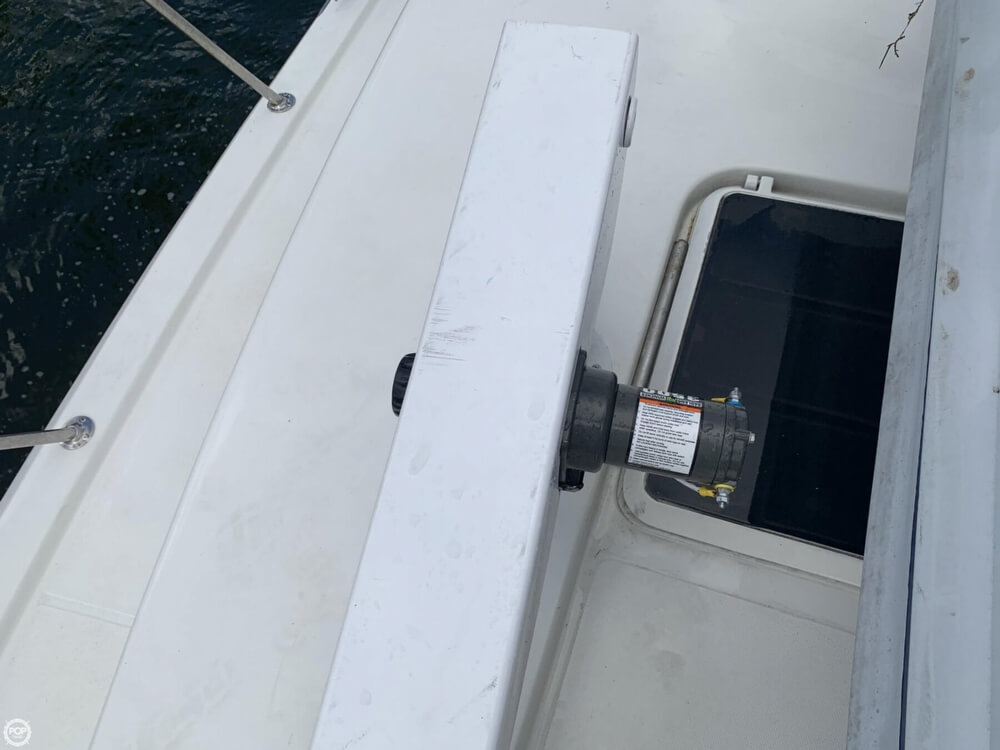 1986 Chris Craft boat for sale, model of the boat is 422 Commander & Image # 12 of 40