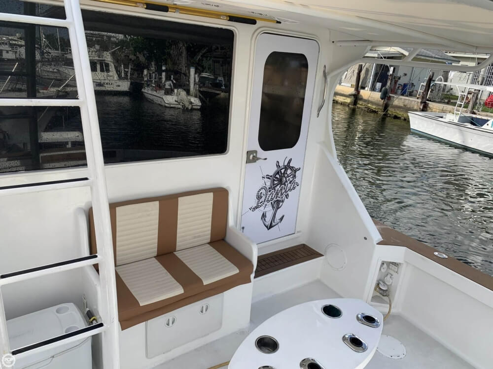 1986 Chris Craft boat for sale, model of the boat is 422 Commander & Image # 16 of 40
