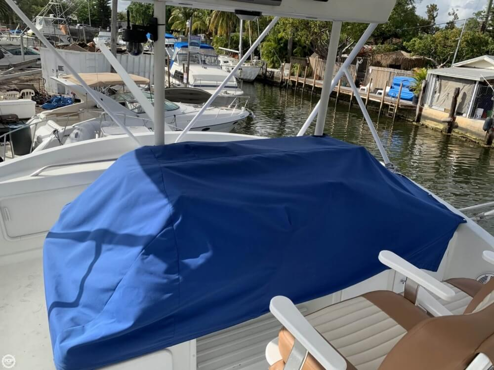 1986 Chris Craft boat for sale, model of the boat is 422 Commander & Image # 39 of 40