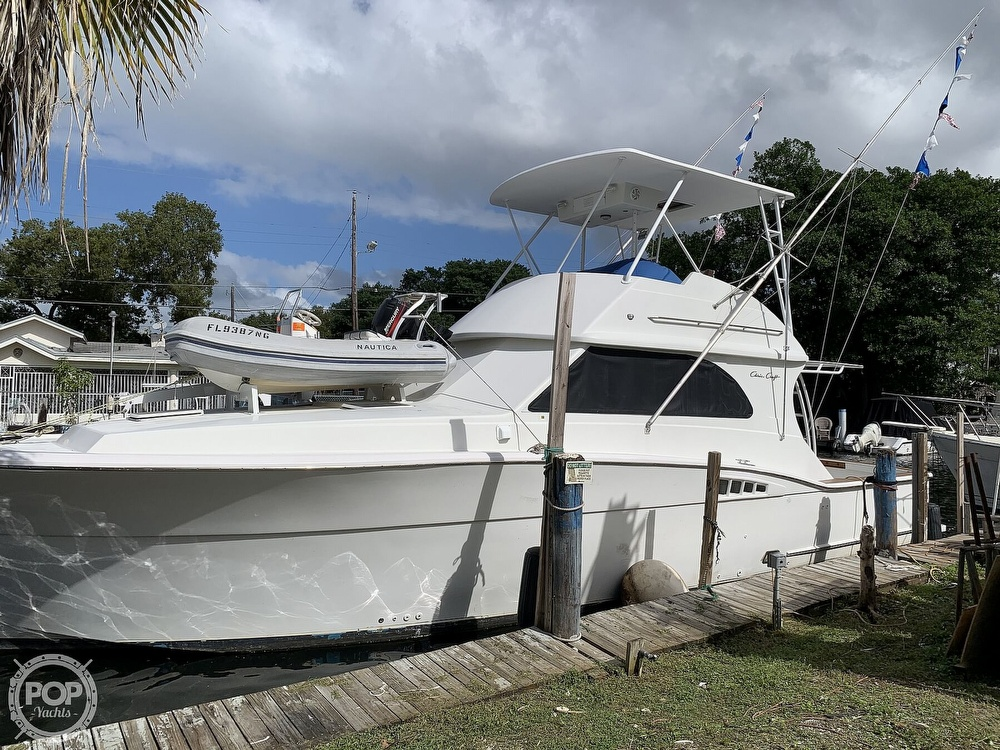 1986 Chris Craft boat for sale, model of the boat is 422 Commander & Image # 2 of 40