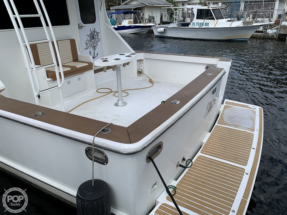 1986 Chris Craft boat for sale, model of the boat is 422 Commander & Image # 6 of 40