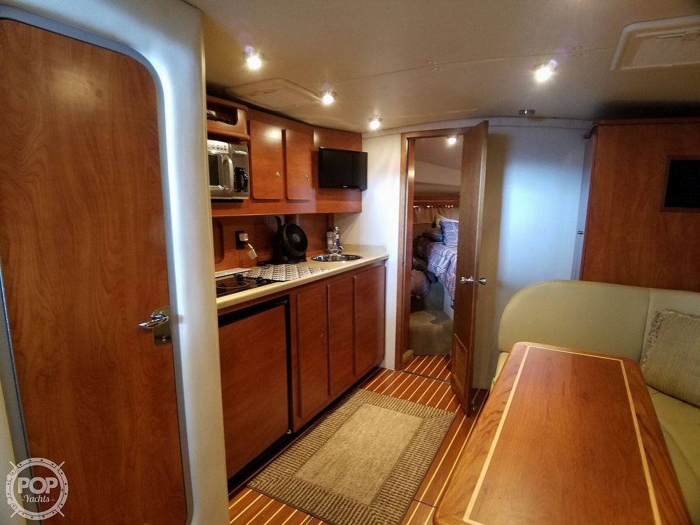 2006 Rinker 360 Express Cruiser - image 7