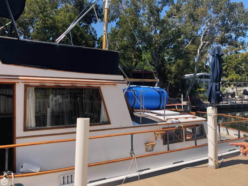 1973 Grand Banks boat for sale, model of the boat is 42 & Image # 16 of 41