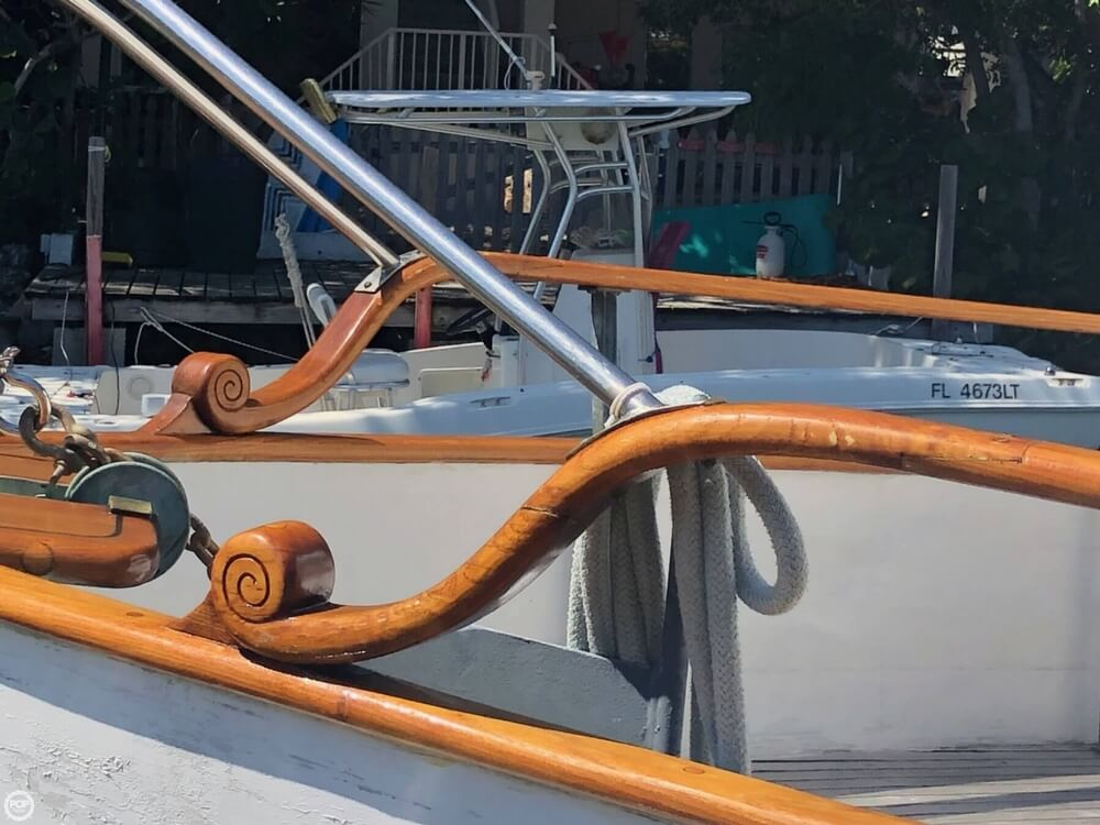 1973 Grand Banks boat for sale, model of the boat is 42 & Image # 17 of 41