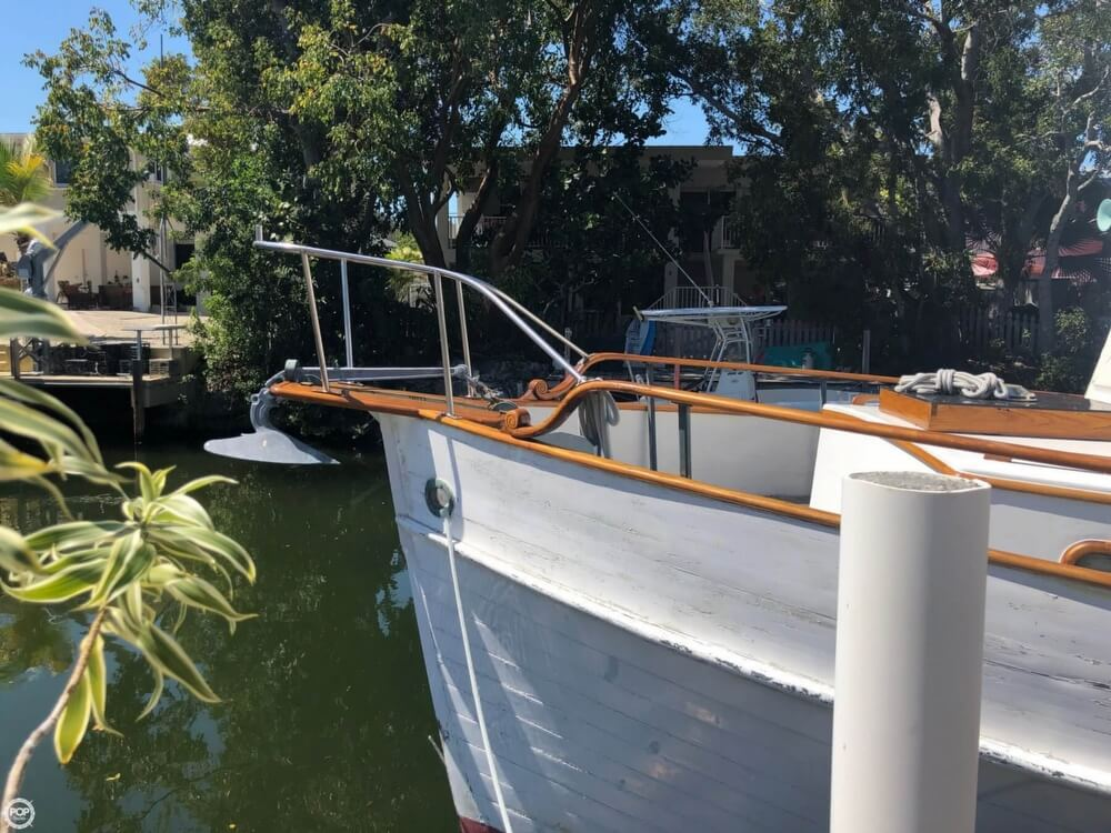 1973 Grand Banks boat for sale, model of the boat is 42 & Image # 19 of 41