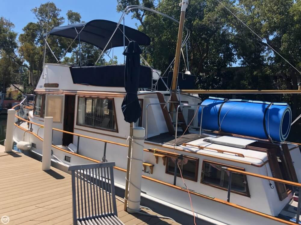 1973 Grand Banks boat for sale, model of the boat is 42 & Image # 20 of 41