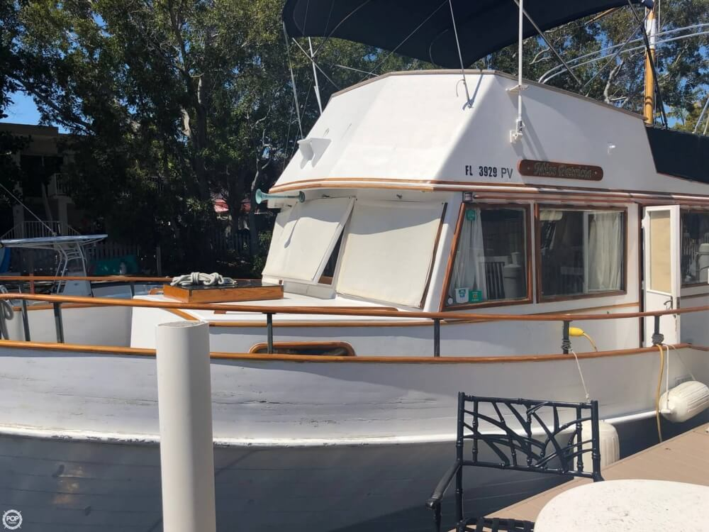 1973 Grand Banks boat for sale, model of the boat is 42 & Image # 21 of 41