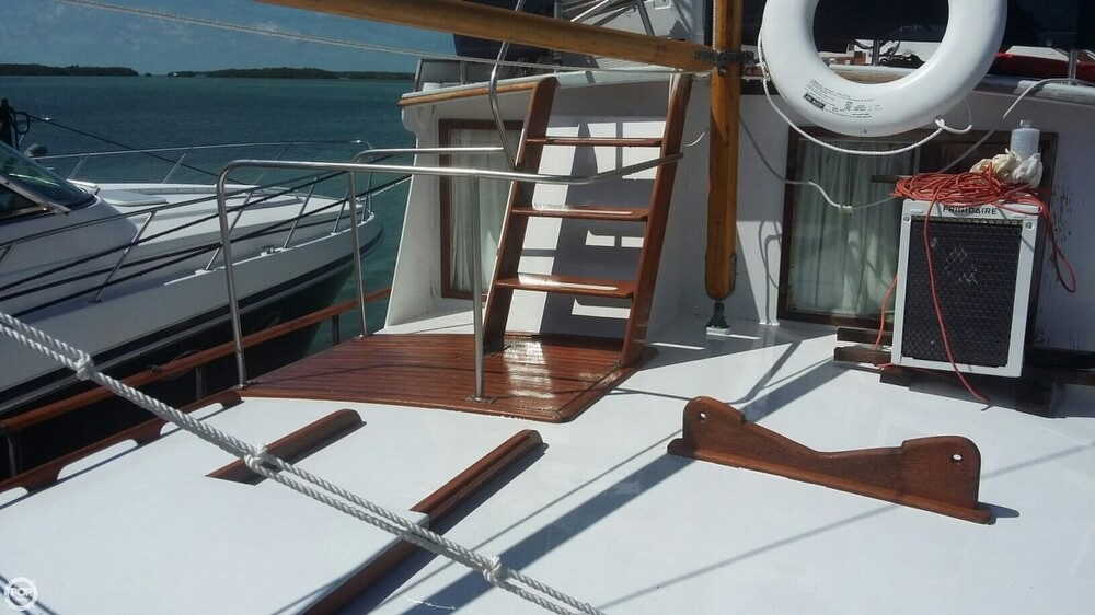 1973 Grand Banks boat for sale, model of the boat is 42 & Image # 6 of 40