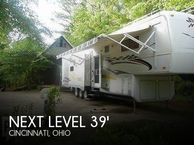 2007 Holiday Rambler Next Level 38 SKD Toy Hauler