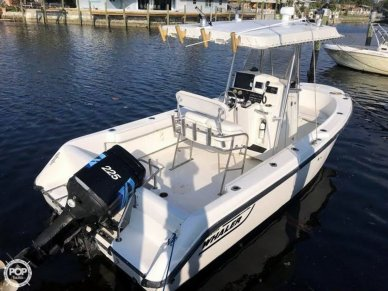 Boston Whaler 21 Outrage, 21', for sale - $24,750