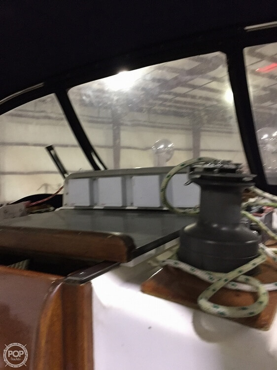 1983 Quest boat for sale, model of the boat is 36 Semi Custom & Image # 10 of 29
