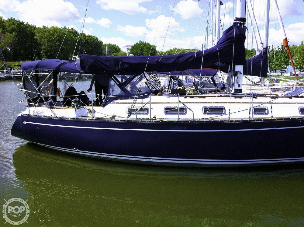 1983 Quest boat for sale, model of the boat is 36 Semi Custom & Image # 6 of 29