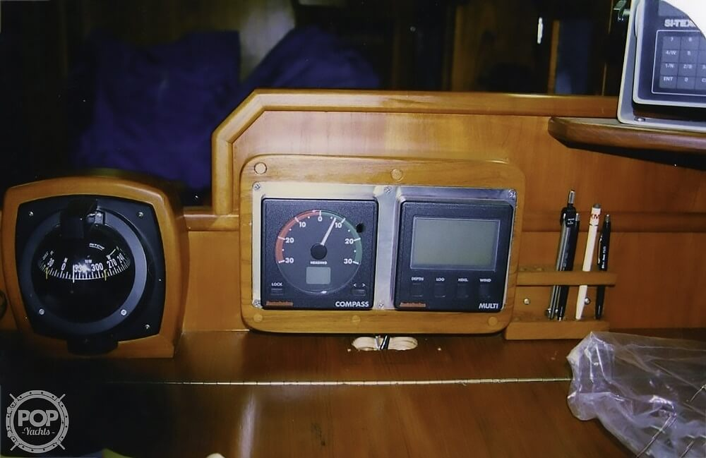 1983 Quest boat for sale, model of the boat is 36 Semi Custom & Image # 19 of 29