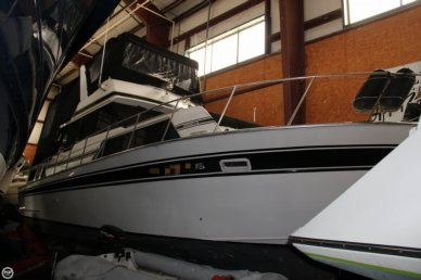 Marinette 37 Double Cabin, 40', for sale