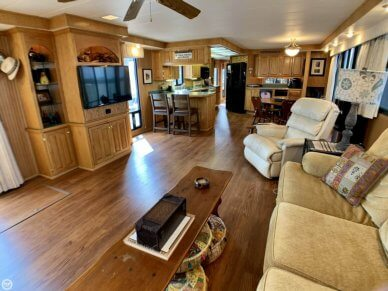 Lakeview 18x80, 83', for sale - $148,750