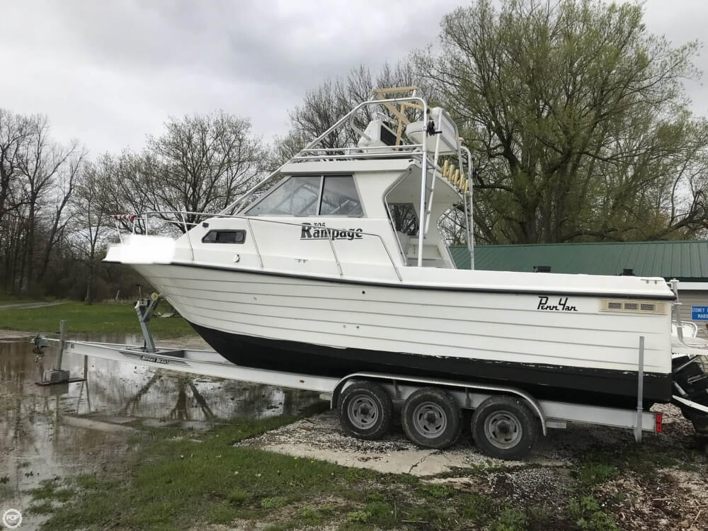 2000 Penn Yan boat for sale, model of the boat is 305 Rampage & Image # 15 of 40